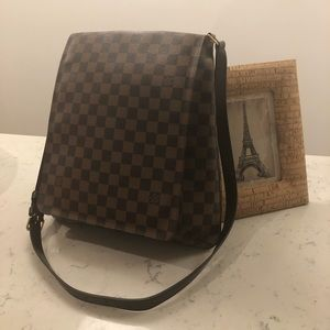 Authentic Used Louis Vuitton Musette Salsa Damier